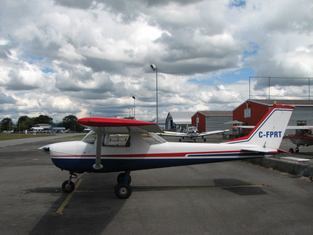 Langley Flying School's Cessna 150 FPRT